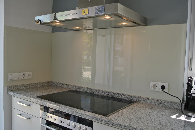 Weißglas 6 mm RAL 9001