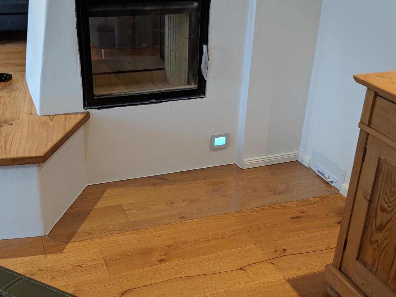 Funkenschutz Kaminofenpaltten ferig mit Holzboden